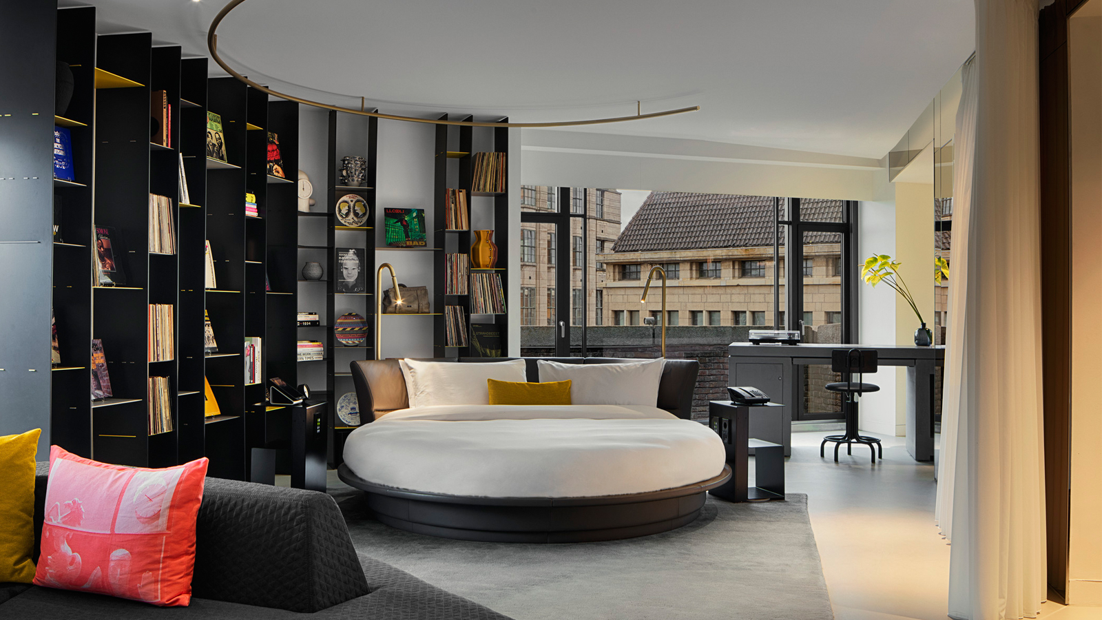 WOW Suite Exchange - W Amsterdam